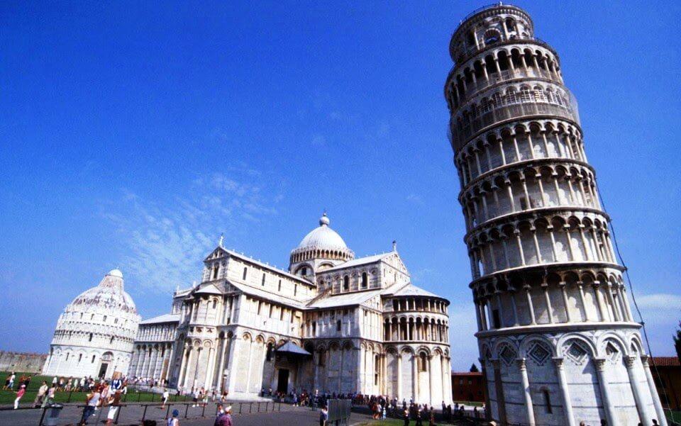 Torre inclinada en Pisa
