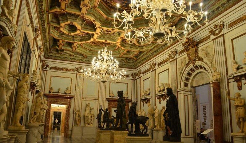 Interior del Palacio Nuevo, que forma parte de los Museos Capitolinos de Roma