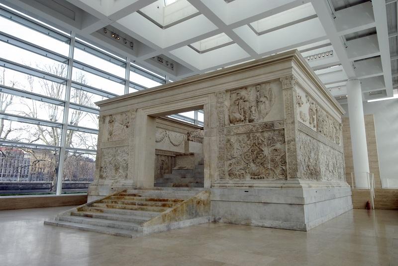 Monumento al Ara Pacis en Roma