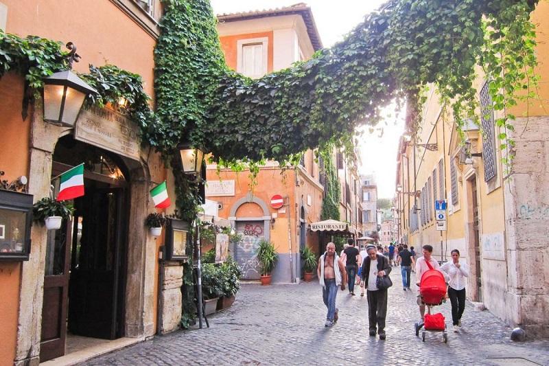Calle Trastevere en Roma